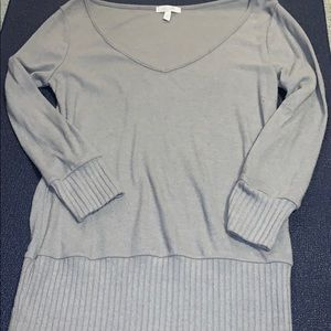 DELIA*S 3/4 LENGTH SLEEVE SWEATER!
